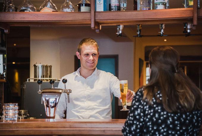 De bar van Hotel Riche in Valkenburg